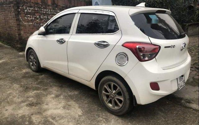 Bán Hyundai Grand i10 2015, màu trắng, nhập khẩu1