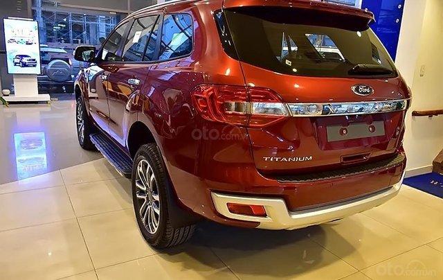 Bán ô tô Ford Everest 2.0L Titanim 4x4 sản xuất năm 2019, xe nhập3