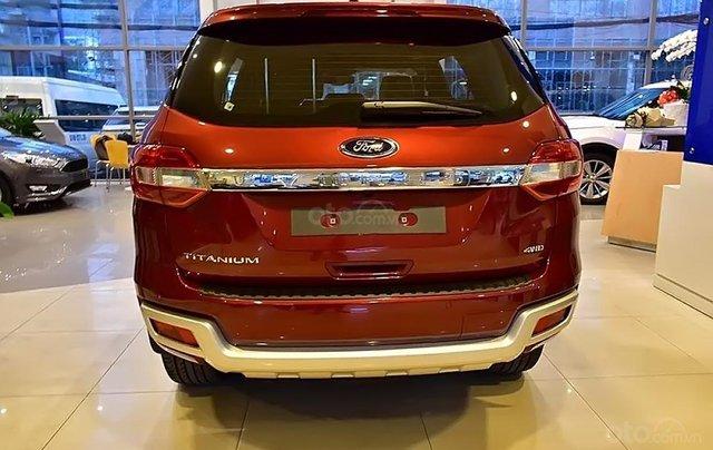 Bán ô tô Ford Everest 2.0L Titanim 4x4 sản xuất năm 2019, xe nhập1
