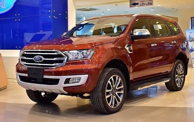 Bán ô tô Ford Everest 2.0L Titanim 4x4 sản xuất năm 2019, xe nhập0