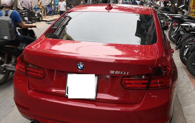 Cần bán xe BMW 320i sản xuất 2012 màu đỏ1