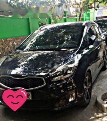 Cần bán xe Kia Rondo 2015, màu đen, xe nhập chính chủ, giá 530tr