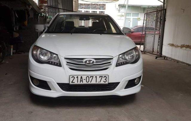 Bán Hyundai Avante đời 2015, màu trắng số sàn0