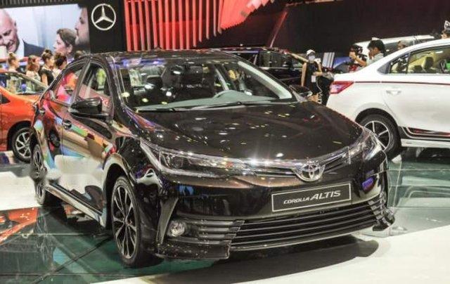 Bán Toyota Corolla altis đời 2019, màu nâu, giá tốt0