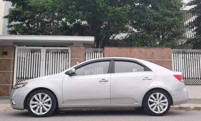 Bán xe Kia Forte đời 2009, màu bạc, nhập khẩu, 339 triệu4