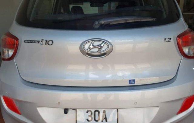 Cần bán lại xe Hyundai Grand i10 năm sản xuất 2014, màu bạc, xe nhập 1