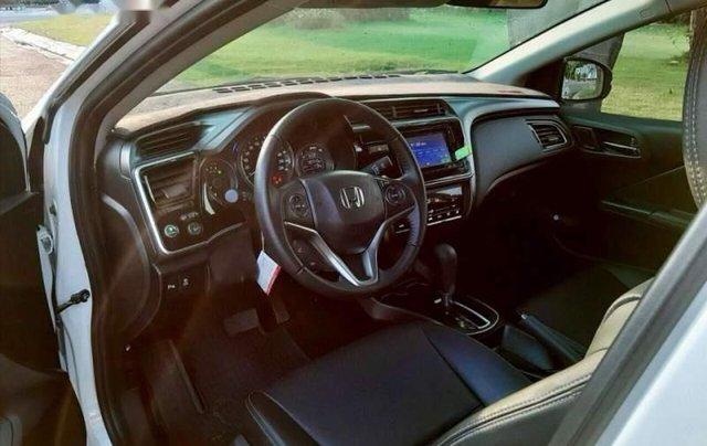 Cần bán gấp Honda City 1.5 Top sản xuất năm 2019, màu trắng như mới3