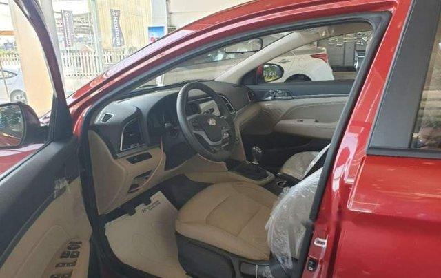 Bán Hyundai Elantra sản xuất 2019, xe gia đình3