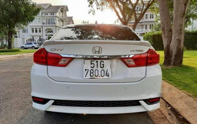Cần bán gấp Honda City 1.5 Top sản xuất năm 2019, màu trắng như mới2