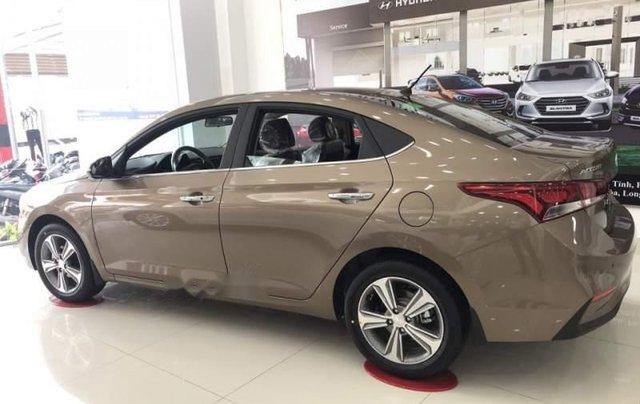Bán xe Hyundai Accent sản xuất 2019, màu nâu2