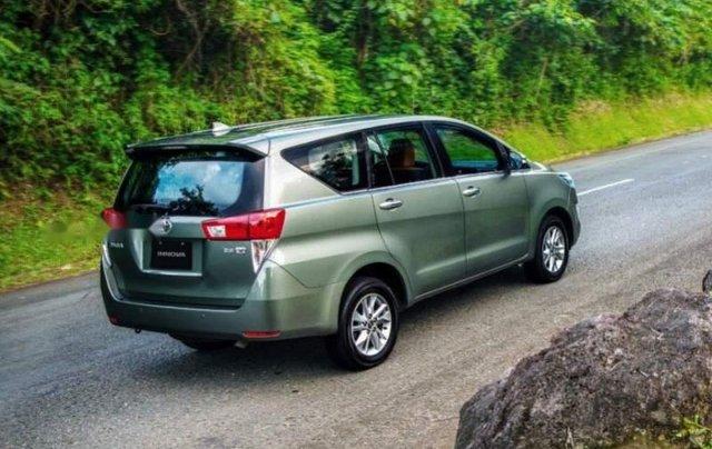 Cần bán xe Toyota Innova 2.0L đời 2019, giá tốt2