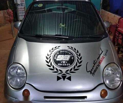 Cần bán xe Daewoo Matiz SE đời 2004, màu bạc0