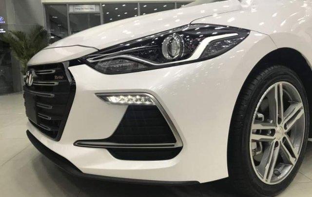 Bán xe Hyundai Elantra Sport 2019, màu trắng, xe nhập giá cạnh tranh0