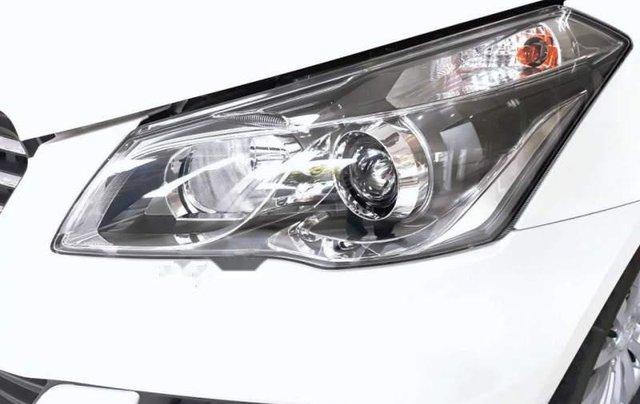 Cần bán xe Suzuki Ciaz đời 2018, màu trắng, giá 499tr3