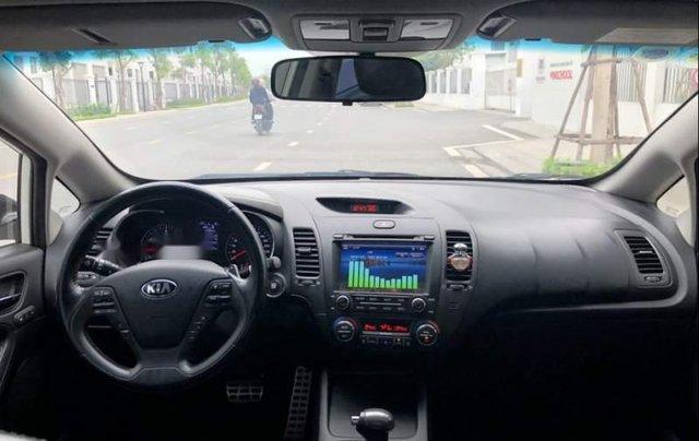 Bán xe cũ Kia K3 2.0 sản xuất 2015, màu trắng, 545tr4
