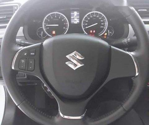 Cần bán xe Suzuki Ciaz đời 2018, màu trắng, giá 499tr4