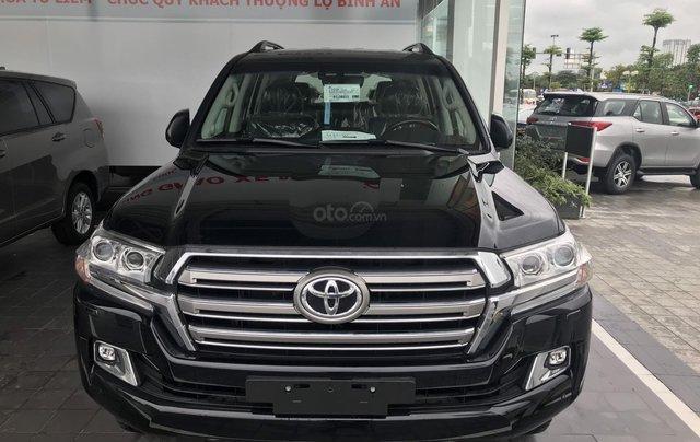 Toyota LandCruiser NK Nhật Bản mới 100% chính hãng, giao xe ngay - LH 0942.456.8381