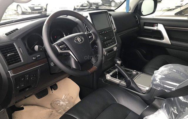 Toyota LandCruiser NK Nhật Bản mới 100% chính hãng, giao xe ngay - LH 0942.456.8382