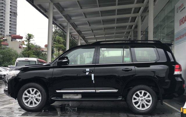 Toyota LandCruiser NK Nhật Bản mới 100% chính hãng, giao xe ngay - LH 0942.456.8384