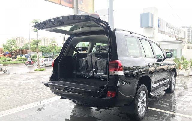 Toyota LandCruiser NK Nhật Bản mới 100% chính hãng, giao xe ngay - LH 0942.456.83818