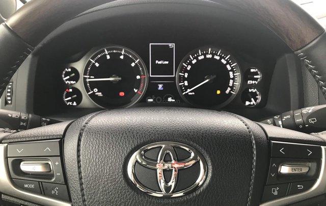 Toyota LandCruiser NK Nhật Bản mới 100% chính hãng, giao xe ngay - LH 0942.456.83819
