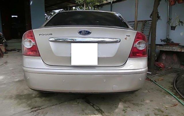 Bán xe cũ Ford Focus đời 2009, màu bạc1