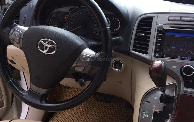 Cần bán 01 xe Toyota Venza, xe nhà it đi, nội thất ok3