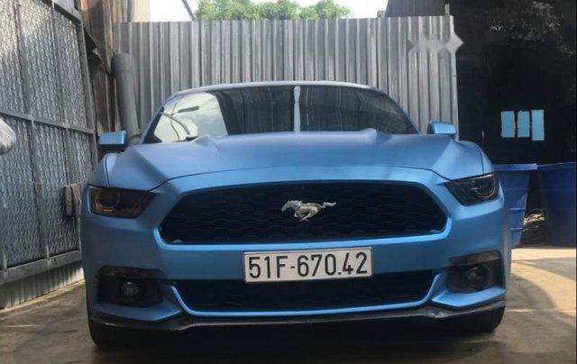 Cần bán Ford Mustang sản xuất 2015, màu xanh lam, nhập khẩu nguyên chiếc0