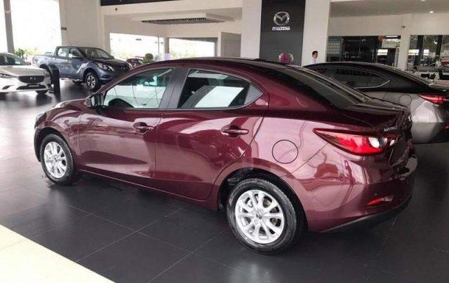 Cần bán Mazda 2 năm 2019, màu đỏ, xe nhập, giá tốt0