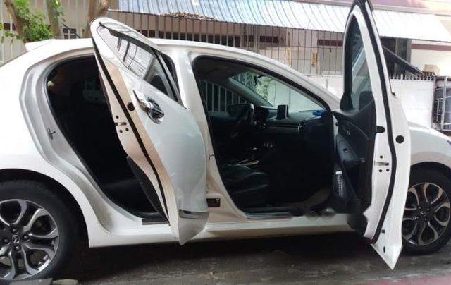 Bán Mazda 2 2015, màu trắng, xe nhập  3