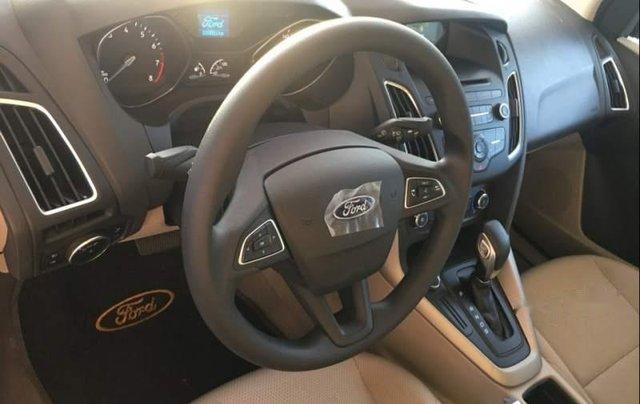 Bán ô tô Ford Focus năm sản xuất 2019, màu đỏ, giá 575tr1