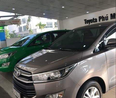 Bán xe Toyota Innova năm 2019, màu xám, giá tốt4