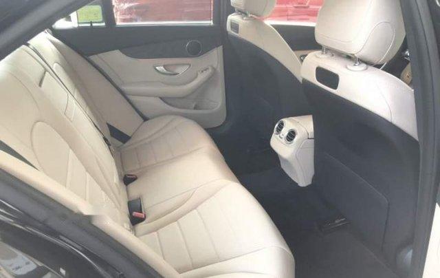 Bán ô tô Mercedes C200 đời 2019, màu trắng, nhập khẩu4