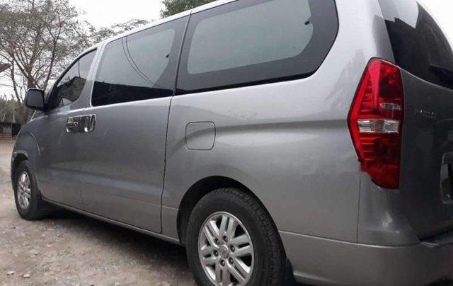Bán Hyundai Grand Starex 2016, màu bạc, nhập khẩu  3