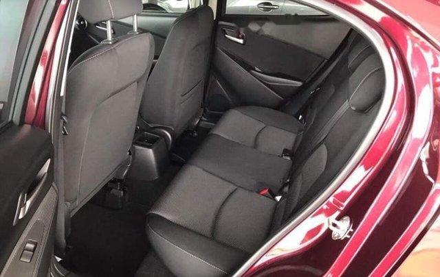 Cần bán Mazda 2 năm 2019, màu đỏ, xe nhập, giá tốt1