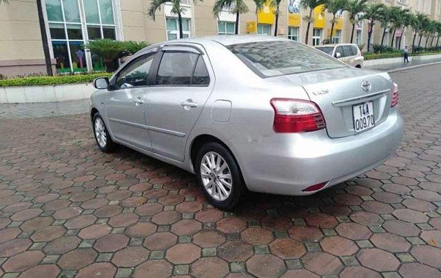 Bán Toyota Vios E sản xuất năm 2011, màu bạc như mới, giá tốt1