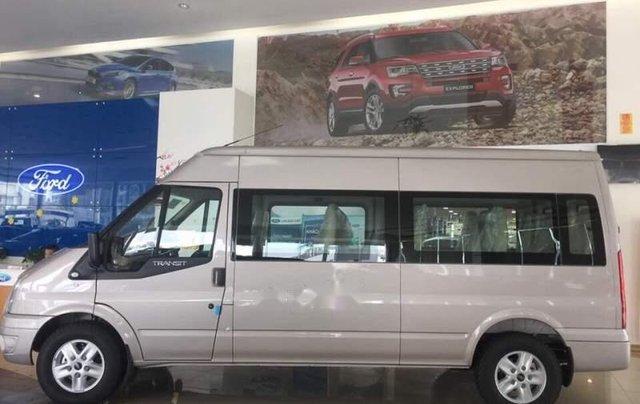Bán Ford Transit sản xuất năm 2019, màu bạc, xe nhập, 750tr0
