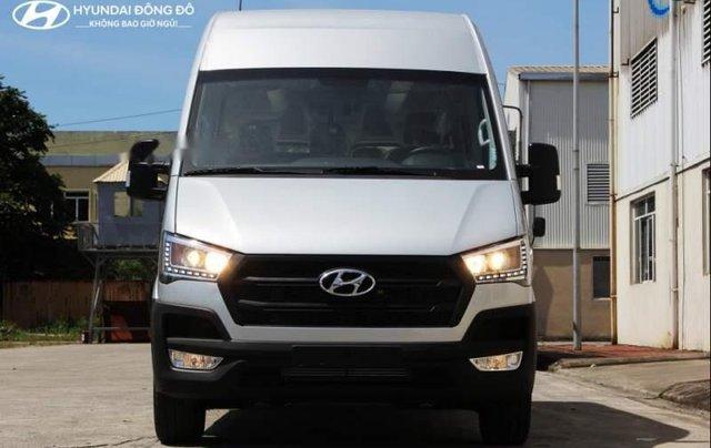 Cần bán xe Hyundai Solati sản xuất năm 2019, màu trắng, giá chỉ 995 triệu5