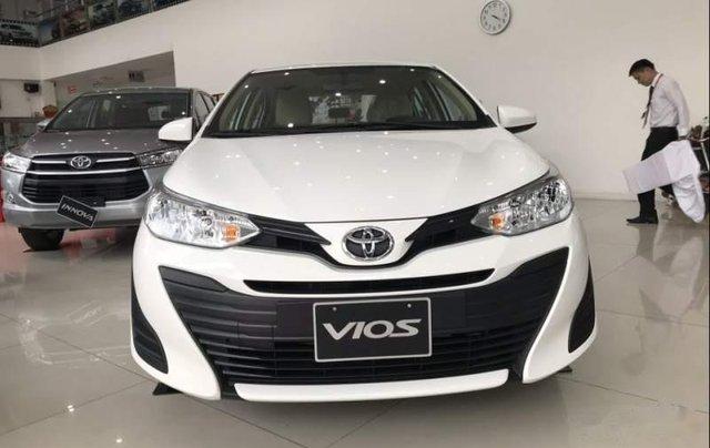 Bán ô tô Toyota Vios 2019, màu trắng0