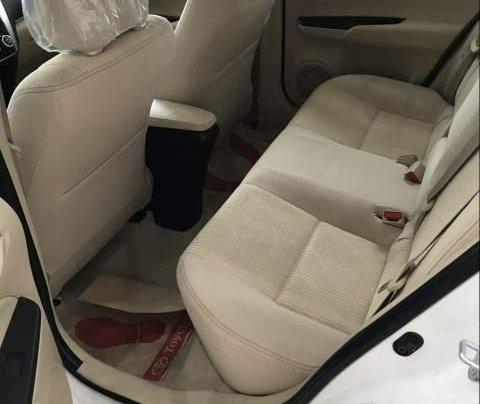 Bán ô tô Toyota Vios 2019, màu trắng4