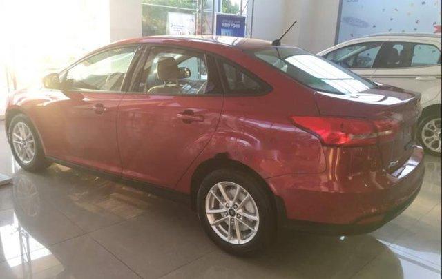 Bán ô tô Ford Focus năm sản xuất 2019, màu đỏ, giá 575tr3
