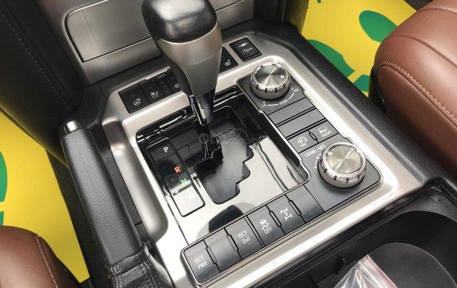 MT Auto bán Toyota Land Cruiser V8 5.7 SX 2016, xe mới 100% màu đen, xe nhập Mỹ nguyên chiếc - LH em Hương 094539246812
