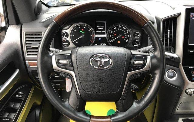 MT Auto bán Toyota Land Cruiser V8 5.7 SX 2016, xe mới 100% màu đen, xe nhập Mỹ nguyên chiếc - LH em Hương 094539246818