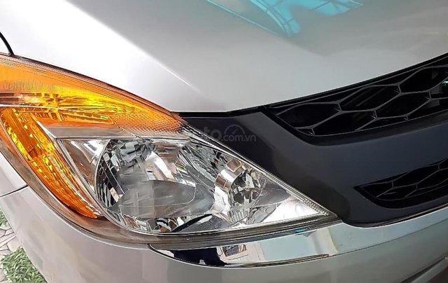 Bán Mazda BT 50 2.2L 4x4 MT 2015, màu bạc, nhập khẩu  1