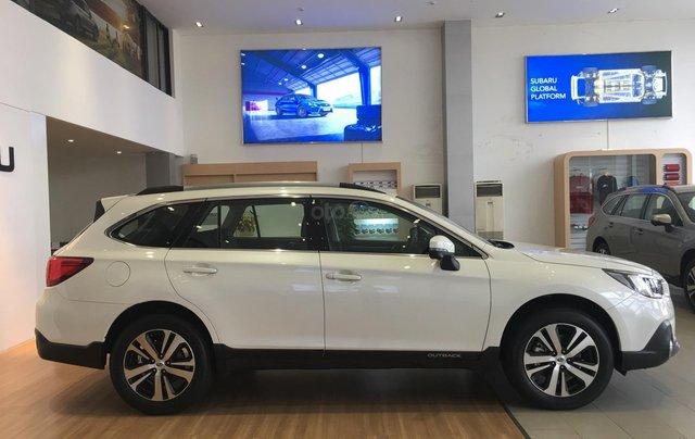 Bán Subaru Outback 2.5 EyeSight tại miền Trung, màu trắng, nhập khẩu nguyên chiếc từ Nhật Bản0