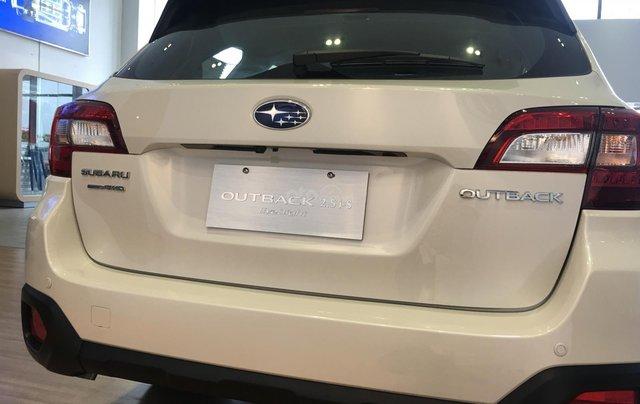 Bán Subaru Outback 2.5 EyeSight tại miền Trung, màu trắng, nhập khẩu nguyên chiếc từ Nhật Bản1