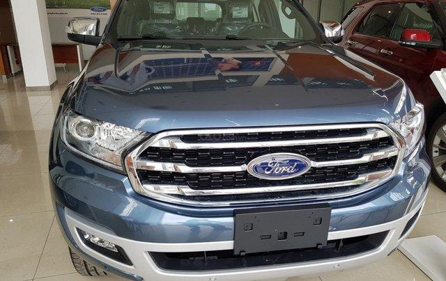 Cần bán nhanh chiếc xe Ford Everest Titanium 2019, màu xanh lam, xe nhập khẩu nguyên chiếc0