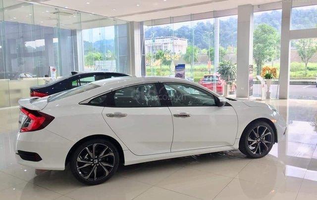 Cần bán Honda Civic RS 2020, xe nhập Thái, giao ngay kèm khuyến mại cực kỳ ưu đãi0