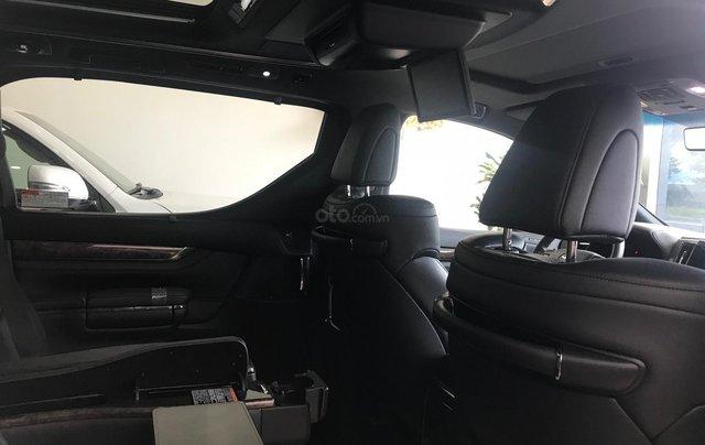 Bán Toyota Alphard Excutive Lounge 2019, màu đen, nhập khẩu nguyên chiếc7