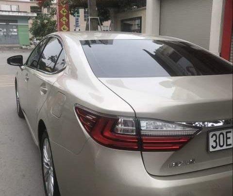 Cần bán Lexus ES 250 năm 2017, màu vàng, nhập khẩu như mới3